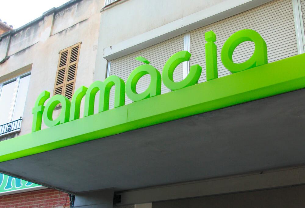 Letras corpóreas metacrilato farmacia